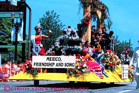 Stock Photo #2097: keywords -  colorful ethnic float flowers horz international mexico parade portland relations rose