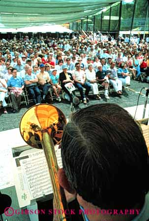 Stock Photo #4763: keywords -  annual art artistic audience band coordinate coordinated coordinating dixieland event fair festival group harmonize harmony hear horn instrument instruments jazz jubilee listen music musical musician noise perform performance performers practice sacramento see share show sound team together vert watch