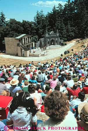 Stock Photo #5028: keywords -  act acting actors actress amphitheater art audience costume display drama dramatic mountain outdoor outdoors outside perform performance performers performing production show skill stage theater vert visual